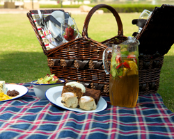 Reform Social & Grill Launches Royal Family Picnic
