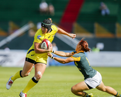 Emirates Airline Dubai Rugby Sevens Kicks Off with IRB Women