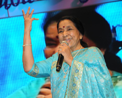 LEGENDARY PLAYBACK SINGER ASHA BHOSLE TO RECEIVE DIFF LIFETIME ACHIEVEMENT AWARD